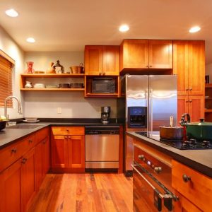 solid-wood-kitchen-classic-home-model-600x600