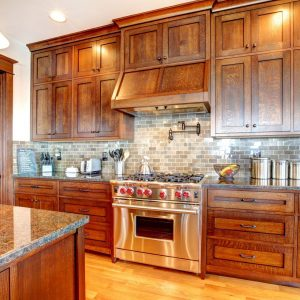 solid-wood-kitchens-600x600